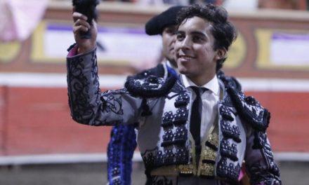 Leo Valadez  corta la única oreja en Huamantla