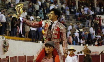 Román Martínez triunfa en su tierra