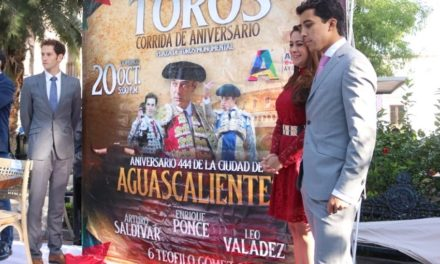 Anuncian carteles de aniversario en Aguascalientes