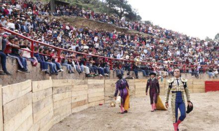 Oreja para Angelino en Ixtacamaxtitlán