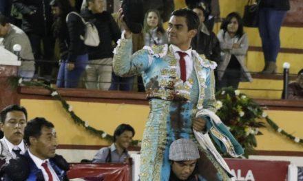 Dos orejas y salida a hombros de Gerardo Rivera