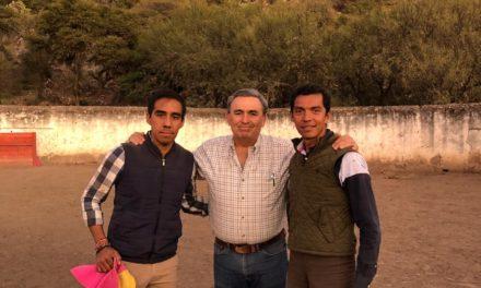 Israel Téllez tienta en Arroyo Hondo