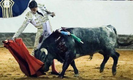 Eduardo Neyra: Feliz por torear en su plaza