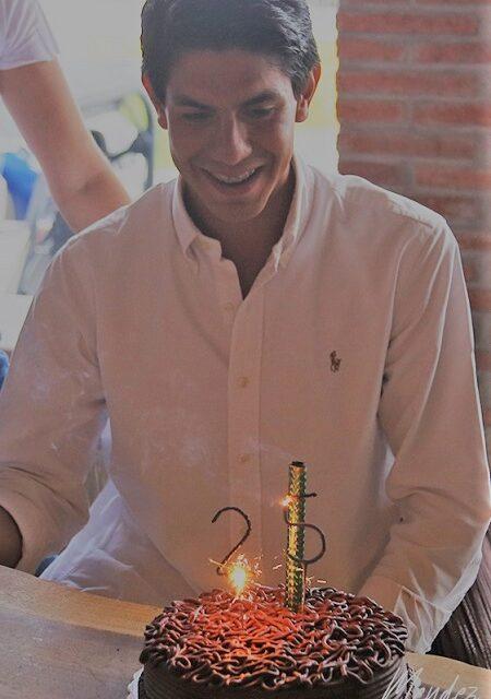 José Maria Hermosillo festeja sus 25 años