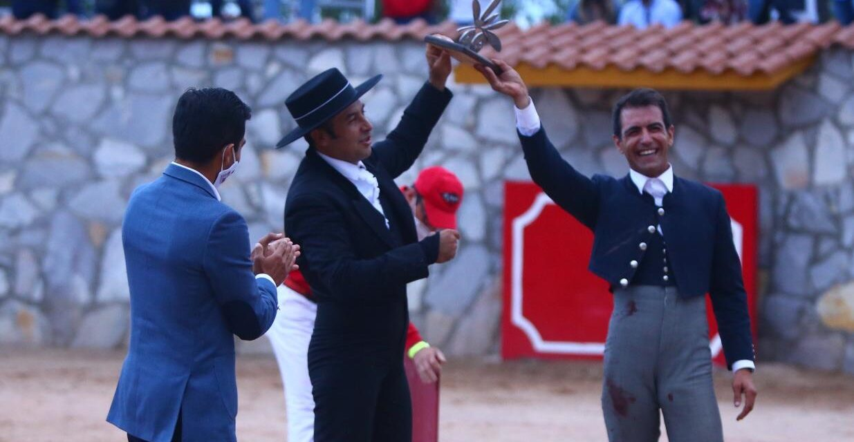 Oreja y trofeo para Jorge Mora