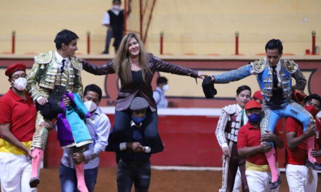 Triunfal tarde de Alejandría y Ortega