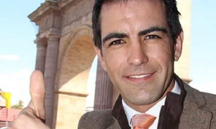Arturo Macías suma fechas