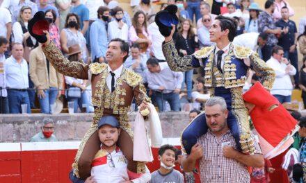 Jerónimo indulta y «Armillita IV» corta las dos orejas